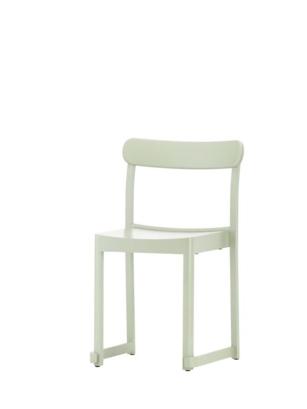 Atelier-Chair-green-lacquered-beech_bord.ch