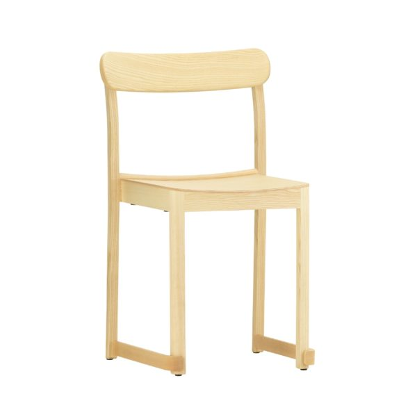Atelier-Chair-natural-lacquered-ash_bord.ch