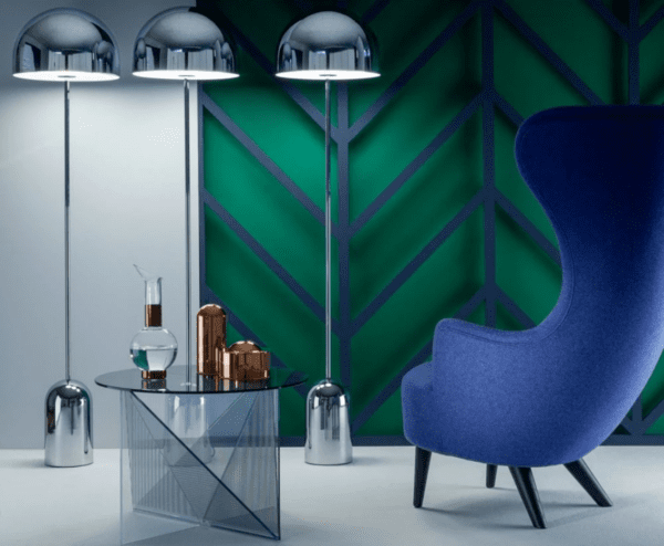 Tom Dixon_floorlamp_wingback_chair_with_bell_chrome_bord.ch