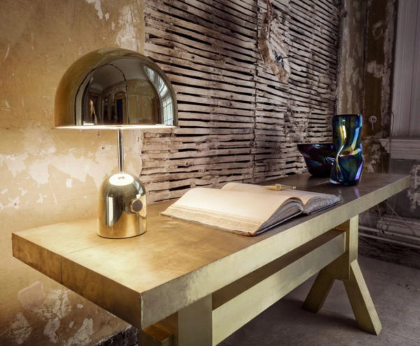 Tom Dixon_bell_table_light_gold_with_mass_console_and_warp_bord.ch