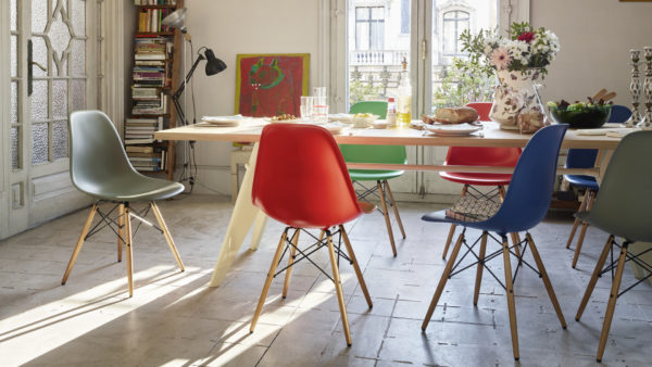 Eames Plastic Side Chair - DSW 6