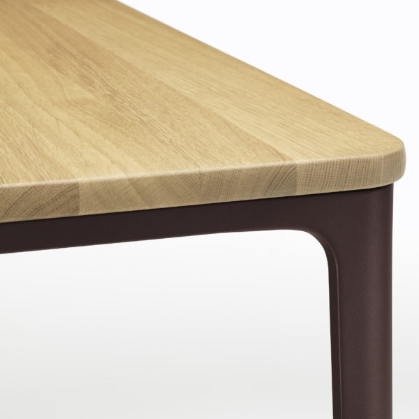 Plate Dining Table 3