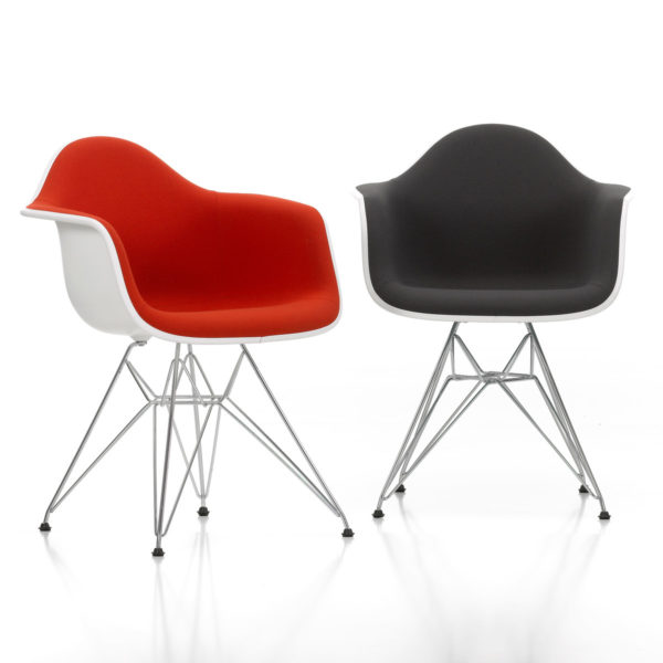 Eames Plastic Armchair DAR 4
