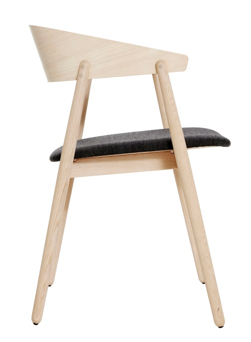 AC2 Stuhl 3