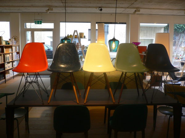 Eames Chairs in Fiberglass (DSW, DSR, DSX) 5