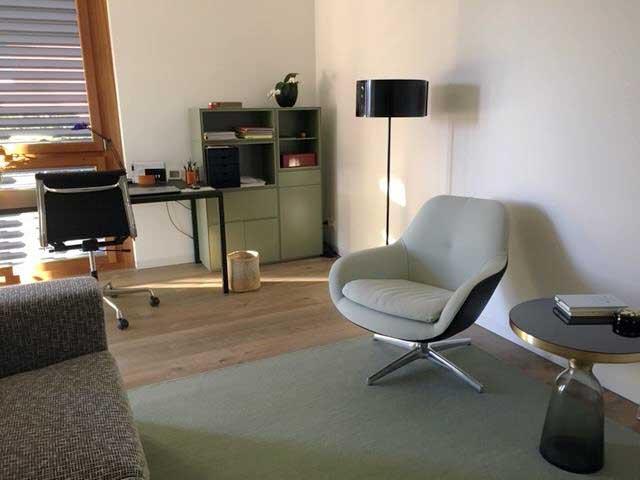 Arbeits-/Gästezimmer in Zumikon